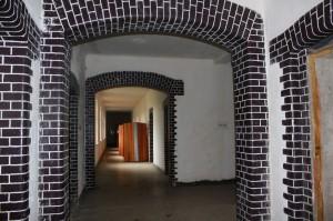 Aufwendig gestaltete Gänge im Inneren des Stabsgebäudes.